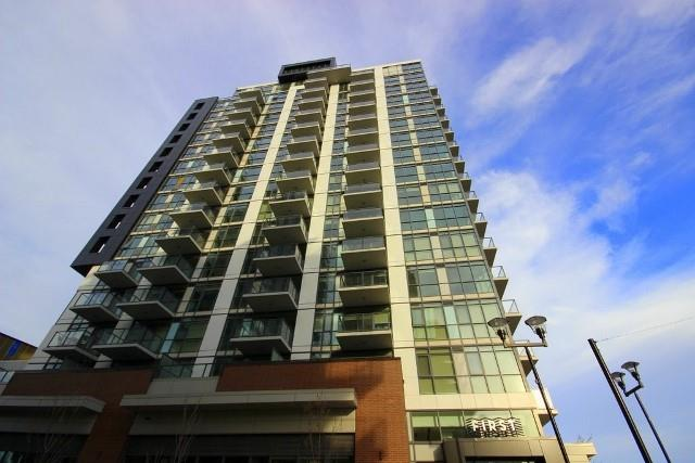 Priced to sell, this 1 Bedroom with Den is ideally located in the Trendy East Village.  Close to all amenities and an easy walk/bike ride to downtown, restaurants, bars, Saddledome, river pathway system etc. Nicely appointed unit with stainless steel appliances, washer and dryer and a den that is large enough to accommodate a pull out couch/bed for company.