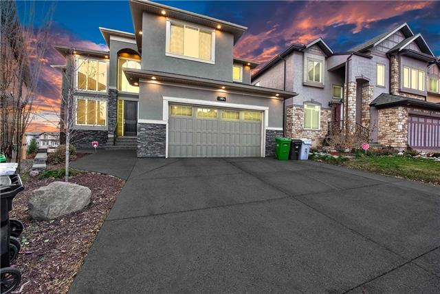 *** OPEN HOUSE JAN 19 - SUNDAY 1:30 - 4:30 PM *** Click Multimedia Link for a Video Walk through & a Complete 3D Virtual Showing ***. Breathtaking Views from this Gracious home in Panorama hIlls backing onto Ravine, Exuding Grandeur, Modern Luxury & High End finishing on a Generous WALKOUT lot in a sought after Picturesque Location, offering Appx. 5000 sq. ft. of luxurious living space including a builder developed WALKOUT basement. This Stunning house has all the impressive features including an opulent Gourmet kitchen with a Gas stove, Premium Granite Counters with under mount sinks & Top of the Line Stainless Steel Appliances, Spice Kitchen, Oversized Windows on all levels, Upper Floor laundry room with cabinets & sink, 9 ft main floor & basement ceilings & hardwood flooring, Spacious Loft overlooking impressive foyer & formal Living Room, Master Bedroom with a Spa like EnSuite & 3 other spacious Bedrooms including a 2nd Master BR & much much more .. Perfection from conception to completion !