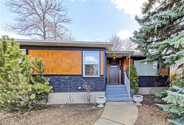 This fully renovated Rosedale bungalow is perfect for a family or investor w/over 2200 total sq ft on a large 50x120ft lot...and best of all, its SUITED (illegal) SOON TO BE LEGAL. 3 Bedrm up, wall 2 wall white oak hardwood floors, open living and dining, led pot lighting, new blinds and new custom built kitchen + cozy nook, w/ Quartz counters, subway tile, new appliances & bright corner windows. New 4 pc, spa-like bathrm w/ wall tile, lighting, acrylic tub & toilet. Down the back, lockable entryway is a lovely, fully dev basement w/ high ceilings, large kitchen & living room, bachelor style bedrm, 3pc bath, loads of storage + sep laundry. 2 furnaces, new plumbing, panel & new roof. Walk or bike everywhere from this great location--SAIT, DT, UofC, Kensington & Rosedale K-9 school. Endless possibilities for a family, couple or investor to live & rent here, you name it. Power garage, + covered parking pad. To live in Rosedale for this price, in a renovated home w/ a suite is rare, and it is priced to move.