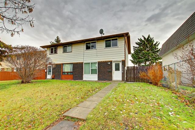 First time home buyers and investors!! Tastefully updated, affordable half duplex in Dover with no Condo Fees! 