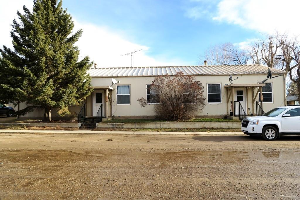 Unit 139A (3 Bedroom) Rent $550/Mo. Unit 139B (2 Bedroom) Rent $475 /Mo. Tenants pay Utilities.Well maintained property inside and out .Recent Bank Appraisal for $180K.En-suite laundry ,separate furnaces. Corner lot ,lots of parking.