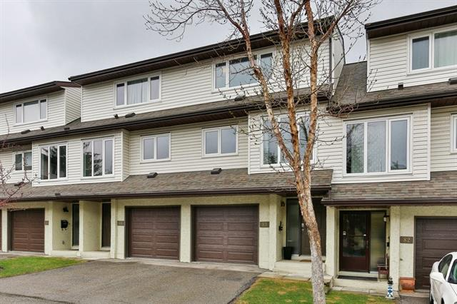 Don't miss out on this stunning townhouse in the heart of Ranchlands. Offering a new modern kitchen with crisp white cabinets, granite counters and stainless steel