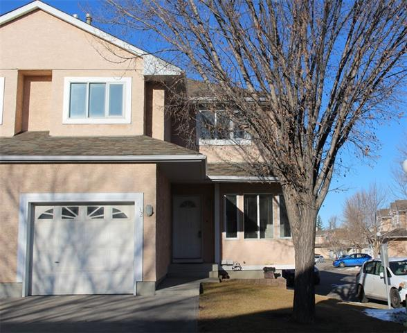 Price reduced for quick sale! Right across Simons Valley School, kids go cross street to school with patrol help. Well maintained 3 bedroom townhome with single attached garage plus 1 pathway parking. Master bedroom has its own ensuite. Easy access to Country Hills Blvd, Stoney Trail, Beddington Trail, and Deerfoot Trail. Close to T&T, Costco, banks, restaurants, cafe, gas station, drug store.....all amenities and public transportation. Hardwood floor on main and NEW carpet on the second floor. Quite location, open and bright inside. Quick possession available. Moving to your new home to celebrate Christmas!