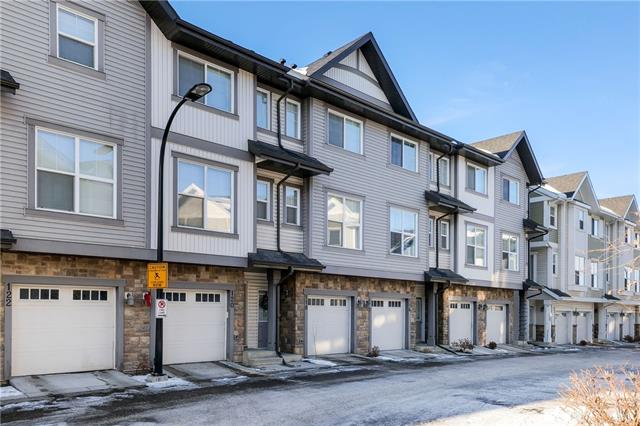 IMMACULATE TOWNHOME in NEW BRIGHTON. DOUBLE TANDEM GARAGE , GRANITE COUNTERTOPS, SPACIOUS KITCHEN, DINING ROOM AND COZY LIVING ROOM. 2 BEDROOMS WITH ENSUITES. 2 1/2 BATHS. PRIME LOCATION CLOSE TO ALL AMENITIES. A MUST SEE !