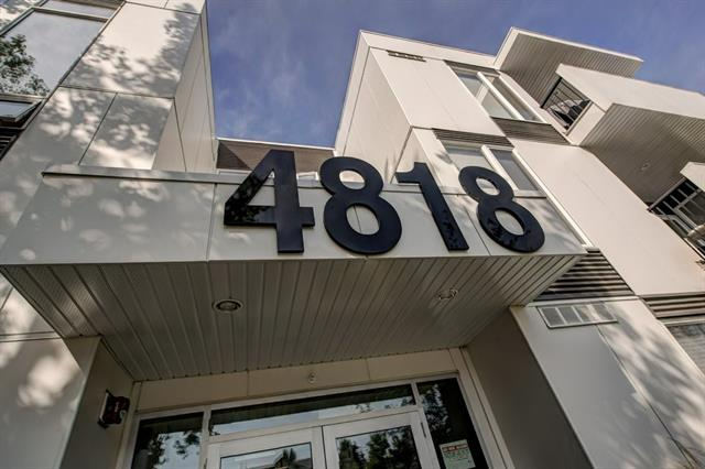 """Welcome to 105, 4818 Varsity Drive NW. **Must view! Pride of Ownership!** Amazing 9 foot ceiling. Bright and spacious unit on the main level with a large balcony. *BEAUTIFUL RENOVATED BATHROOM WITH NEW STANDING SHOWER"""" The stunning kitchen features granite and quartz countertops and island, tiled backsplash, stainless steel appliances and beautiful cabinetry. 3 large bedrooms. The magnificent master bedroom features a full ensuite and a large closet. The balcony offers a view on a green space. Close to shopping: Including major shopping centre Market Mall, public transit, U of C. Easy downtown access."""