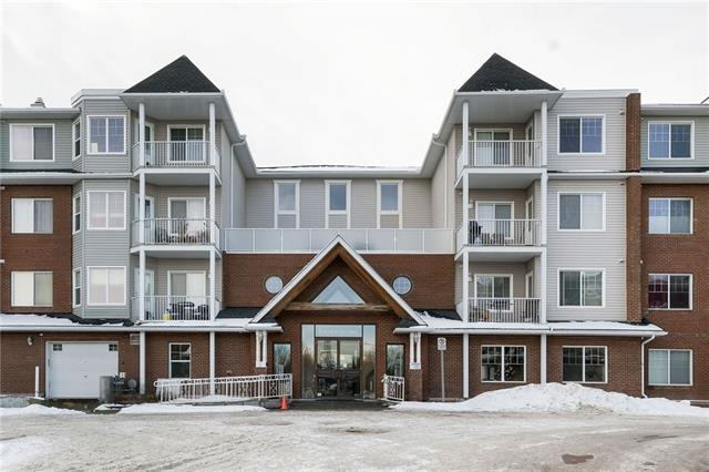 Beautiful corner 2-bedroom, 2-bathroom condo in Caledonia on the Waterfront. Offering 10 foot ceilings throughout, plus a 12 foot vault in the nook, this end unit with SW exposure offers amazing mountain views and loads of natural light. The spacious kitchen includes granite counters and a centre island with custom pull out drawers. The master bedroom has a walk-in closet & 4-piece ensuite. The 2nd bedroom has a custom built-in Murphy Bed. With In-suite laundry, an additional 4-pc bathroom, & large south facing balcony - this condo has it all. New vinyl flooring was installed in 2015 along with new carpet in the bedrooms and fresh paint throughout. One heated, underground parking stall is included. This condo is just steps to 'High Street' in McKenzie Towne - offering lots of amazing shopping and dining options. Don't wait - book your showing today.