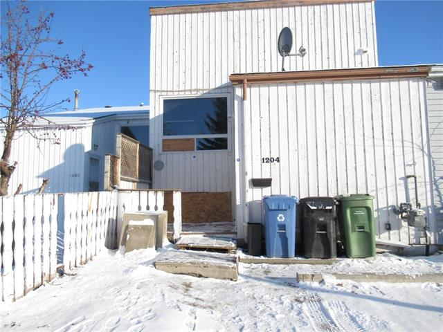No Condo fee, Handy Man Special, house need repair, and this is a good project to build your equity, this is a unique layout unit, main floor with Living room included the wood burning Fire Place (As is, have not used it before), Kitchen, and a Den, Basement with 2 bedrooms, 4 pieces bathroom, newer furnace & hot water tank (2015), some new windows, the kitchen's window is paid for and will be installed before possession date, All aluminum wires has been replace with copper wiring (2015), all appliances are working, Seller want to sale as is where is.