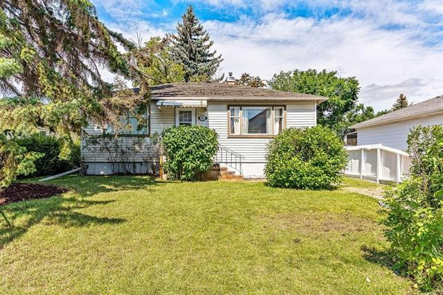 Great investment and property at Highland Park, sitting on a fantastic inner-city R-C2 50'x120' lot. Newly interior renovated plus new roofing (Nov 2019). 2 up, 1 down bedrooms with a common laundry, separate entrance, full egress basement window, private deck at back and huge fenced yard. Front 2 car tandem parking and street parking, rear detached single garage. Many recent new homes built on this fabulous block. All of this located 10 minutes to downtown, confederation park and steps to future Green Line C-train. A rare opportunity for such a premium property.