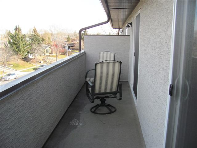 Why Rent? For $116,000 you can own!! Assumable Mortgage. Vacant. Ready to move in. Updated Kitchen cabinets. Quartz counter tops. Bright and cozy 1 bedroom apartment. Top floor. Patio doors from the Bedroom and the Living room to a half covered, 24 ft patio deck.This is a quiet, well managed 21 plus building, that has been updated and upgraded. Located on the North end of Okotoks close to Shopping, Rec Center, 2 Golf courses, and parks with easy access to the 2A highway and Calgary. This is the perfect start to getting into the Real Estate Market. Pay your own mortgage. Why rent when you can own?