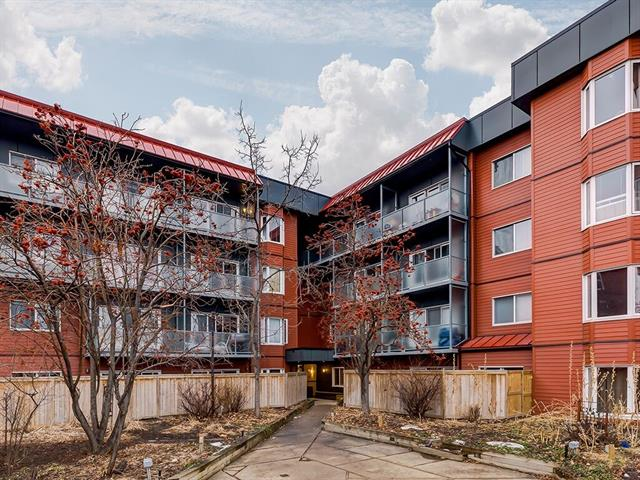 Great opportunity to purchase this renovated 2 bedroom, 2 bathroom condo with over 1100 square feet of living space in a great location between Edmonton Trail and Center Street at an incredible price. The building has just wrapped up a 3 million dollar renovation including new windows, doors, balconies, siding, interior improvements and the elevator shaft. Inside the unit you will find large living spaces with an updated kitchen, dining area and a huge living room with wood burning fireplace as well as access to your massive private west facing patio. Both bedrooms have great square footage and the master has it's own fully renovated ensuite with walk through closet. There is in suite laundry with a newer washer and dryer located in the second full bathroom as well as underground heated parking with great access to the stairs and elevator. Corner units like this with this much square footage are rare so be sure to book your private showing today.