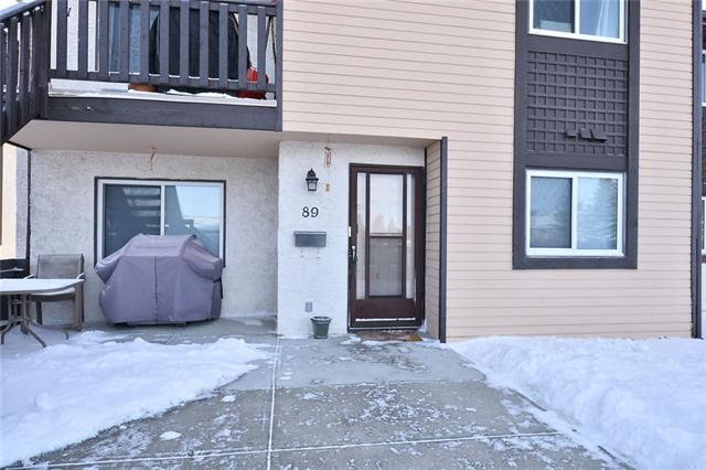 "The only word to describe this wonderful End Unit condo in the the Popular Cedar Springs Gardens is "" AWESOME""! This home has a New Stove & a New High Capacity Washer & Dryer with Wi Fio Capabilities! Just recently painted and nicely updated! The new installed window blinds with top down - bottom up retractable. The living room has great fireplace for those cozy relaxing evenings. The large master bedroom has great closet space and it's own two piece bath. There is a Great north facing front patio to sit out and enjoy the BBQ & those long summer evenings. The front entrance is just a few steps away to the nice warm underground parking. The Furnace & Hot Water tanks are recent and in perfect working order. Programmable Thermostat. Close to Schools & Shopping. Extra Rental Underground Parking Available as well!   This one is a Must See!"