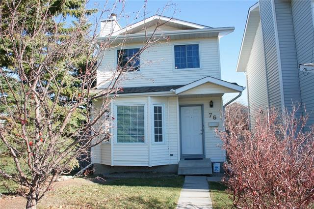 Welcome to this newly renovated single-family home in prestigious Edgemont. Excellent location, walking distance to the famous Tom Baines School and Superstore; large R-C2 zoning lot, good for a starter home or investment. It features a totally redone main bathroom (brand new bathtub, toilet, and vanity); kitchen with brand new quartz countertop, new kitchen faucet and sink, and newer appliances; brand new engineered vinyl flooring on the main floor, stairs, and in the basement. The whole house is freshly painted and ready to move in. The upper floor has 3 good size bedrooms with laminated flooring, as well as a full bath. The main floor has a large living room with bay window and fireplace. The spacious kitchen includes an eating area and a sliding door to the large deck. The finished basement has a huge recreation area and a full bath. The backyard has been fully fenced and nicely landscaped, with a parking space at the back. It is close to public transit, major roads, schools, playground, and shopping.