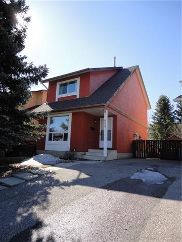 ***NEW PRICING ***Fantastic opportunity for a starter home  , lovely 2 storey  , large lot  , south backyard  , located on quiet crescent in Woodlands  , several updates include new roof (2018 )  , freshly painted exterior ,  newer furnace , new windows  , updated bathrooms , some new flooring , 3 bedrooms , master has  walk-in closet . Close to schools  , new transit lines  , Shopping Center , Fish Creek Park .  Great Value