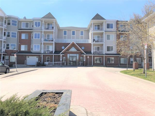 Small Town Living in McKenzie Towne ~ Prestwick Village! This great home is on the fourth floor of the Caledonia on the Pond and includes views from your private deck of the Gazebo and the pond. This 2 bedroom offers an open concept main living area which includes a kitchen, dining area and living room. Kitchen includes granite countertops, SS appliances and oak cabinetry. Bedrooms include good sized closet and share a 4pc bath. Insuite laundry and underground parking are included with this unit and the build offers fantastic sitting areas, party kitchen and fireplace! Close to transit, parks, schools and all the amenities of MKT Hight Street and 130th Ave! Don't miss out!