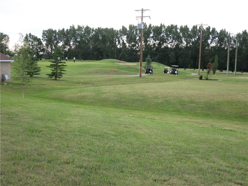 Perfect residential lot on the golf course!  Looking for a place to build your dream home? Here is the perfect residential lot on the beautiful 18 hole Vulcan Golf and Country Club.  Vulcan has all the amenities and services a person needs including a 224 hour Emergency Hospital.  Lethbridge and Calgary are both a one hour drive more or less.  Great community, Great people and desirable lifestyle. Call for more details.