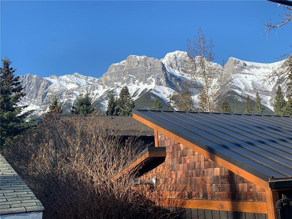 One of the best R1 View lots in South Canmore with existing rental home + garage on a great street. Perfect views of the Three Sisters on this South facing 50'x132' Lot. Buy now and rent until you build your dream home. Current home is 3 beds & 1 bath. With such a limited number of R1 lots left in South Canmore and lesser locations selling for more, this location, steps to the Bow River is excellent.