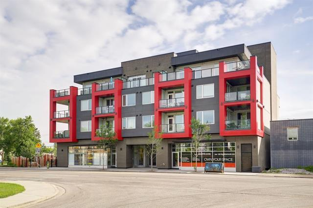 An exclusive opportunity to own this one-bedroom boutique suite in i.D. Inglewood. Built by Sarina Homes, one of the trendiest builders in Calgary, i.D. Inglewood is all about sustainable, inner-city living and cutting-edge contemporary design. Nine-foot ceilings create an open, loft-style feel. The kitchen has clean and streamlined European styled cabinetry, solid slab quartz countertops, elegant built-in under cabinet lighting and a complete full-sized stainless steel appliance package. The large master bedroom has a spacious walk through closet to the amazing en-suite with quartz counter tops, high-end tile and a glass enclosed shower. There is another 2pc bathroom for guests. Kohler products throughout and in-suite laundry. Escape the city life on your patio with gas hookup and private access to the terrace with spacious sitting area, foliage and trees. Heated and secure underground parkade with bike parking and underground storage lockers.
