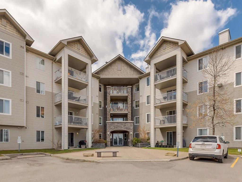 Affordable Living at Somerset Crossing! This is a great location with in a walking distance to LRT, YMCA, schools, restaurants and all shopping amenities!!  We are featuring 2 Bedroom, 2 bath apartment style condo with 1 parking stall. This 3rd floor unit is close to the elevator for your convenience.  Open Concept layout with bedrooms  and baths on the opposite sides. Kitchen with raised breakfast bar and white cabinets. Freshly painted  through out.  Laminate flooring. Corner gas fire place. Master bed with a walking closet with built in shelving plus 4 pcs en-suite.  Specious Laundry room  with  full size washer and dryer plus ample of  storage. Covered balcony  with gas hook up for a BBQ.  LOW CONDO FEES ! ALL UTILITIES INCLUDED ( electricity, heat, water and sewer). Great for first time buyer or investor! Call today to book an appointment.