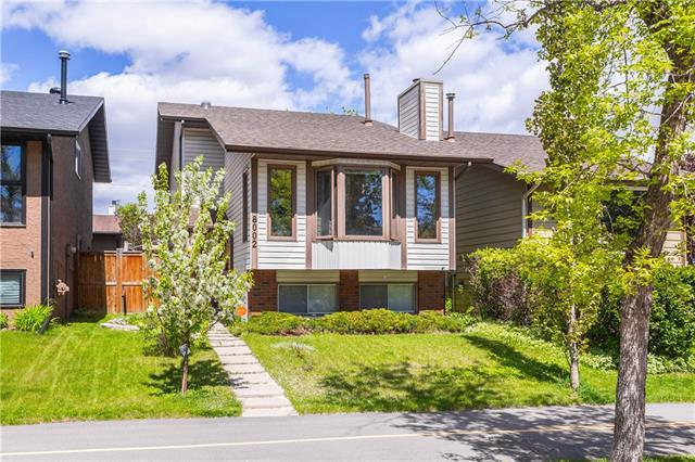 This beautiful low maintenance 4 LVL SPLIT home has been very well maintained and upgraded ? a perfect location with close proximity to MOUNTAINS and downtown, Crowfoot Shopping Centre and green space. A bright and sunny living room with a fireplace for cool winter evenings, master bedroom with a walk-in closet, a private home office, updated bathrooms, newer roof, and kitchen renovated by Legacy Kitchens. Hardwood floors throughout. The basement provides the laundry area and extra storage room. The backyard is beautifully landscaped, complete with a newer fence and a planter box for gardening.  The garage is a double car with a 220 hook-up. If you are looking for a place in the NW with no headaches, this could be your next home as this is a turn-key house.