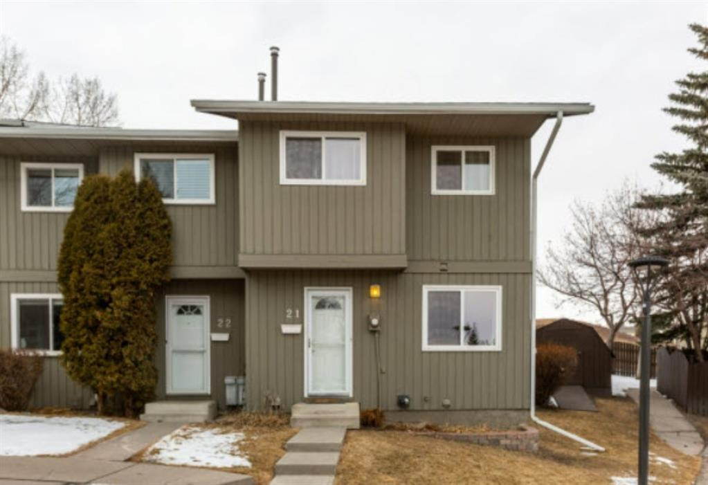 **** Please visit our Open House this Friday, August 14, 12:00 - 2 :00 PM****Terrific two story end unit town-home backing onto green space! Enjoy the open space view and privacy day and night! Yes, the seller took the pictures of the northern lights from the yard of this home. This very well kept three bedroom two full bathroom home boasts a rustic wood burning fireplace, full host of appliances, functional layout and a developedbasement. Walk out of your living room into an outdoor escape with deck and yard. Just minutes from Crowfoot center, schools, parks, public transportation, C-Train, and major routes in and out of the city.