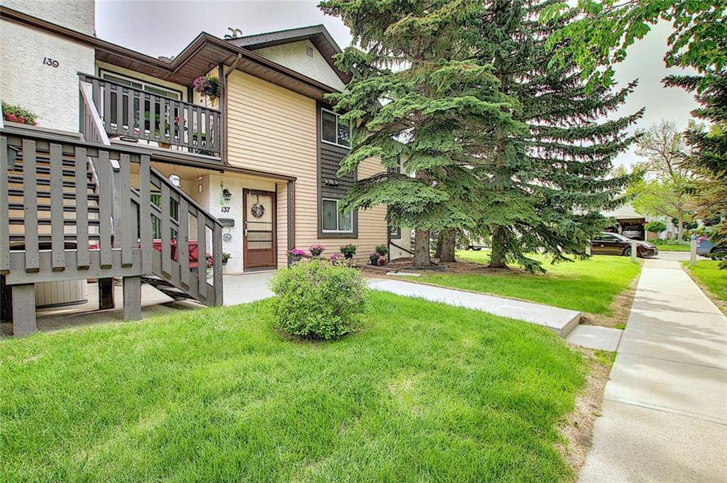 "Wow! Low maintenance in this 3 bedroom, TOP Floor, END unit!! & it comes with a HEATED underground parking stall! You're greeted with a large front entry area with plenty of room for guests to stop in and enjoy a visit, Kick back with a good book next to the tile surround wood burning fireplace or entertain in the dining area. The White kitchen has plenty of storage space and accents with stainless appliances. This large suite has a large master bedroom with a walk-through his and hers closet leading to a private 2 pcs ensuite. The other 2 large bedrooms have walk-in closets and there's a full bath with timeless ""white tile"" for the backsplash. Additionally there's also a large storage closet and a front loading stackable Washer/ Dryer. The front deck is cozy and great for a visit. The complex is friendly and well run and continues to keep the condo fees affordable. The BRT Transit is only steps away and a 20 minute communte to the downtown. Close by is shopping, green spaces, transportation and close to the west ring road. Call today to book your private viewing :) Cedarbrae is a residential neighbourhood in the south-west quadrant of Calgary, Alberta. It is bounded by Southland Drive to the north, 24 Street W to the east, Anderson Road to the south and the Tsuu T'ina first nation reserve to the west. This community is located next to the west ring road and will serve as a close point to get to the mountains. The lands were annexed by the city in 1956, and Cedarbrae was established in 1973."