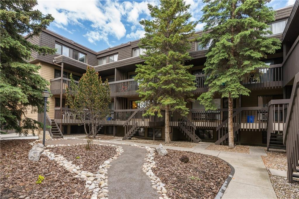 Fantastic opportunity to own this bright 850 square feet, 2 bedroom condo in desirable Varsity neighbourhood. Features open floor plan with hardwood floor on main level, newer kitchen countertop and back splash, beautiful bathroom, in suite laundry, large storage room, and a west facing balcony. All appliances included. You will also love the fact that you can enter the unit 2 ways without walking long hallways. Well managed building with newer roof, exterior paint and new pavement. Other amenities include exercise room and sauna.  Located across the street from Market Mall, walking distance to Children's Hospital, University of Calgary and Market Mall Professional Building, also close proximity to Bow River and Bowmont Park. Quick possession available! You can own your own home!