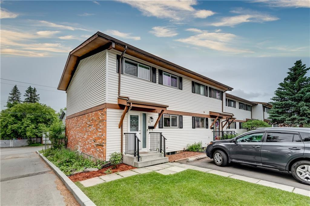 This fully renovated two-storey end unit in Glorond Place shows off pride of ownership and has a fantastic location in the heart of Olde Towne Okotoks. Virtually everything in the unit has been replaced in the past few years including all new windows (except window in stairwell), new furnace, new flooring throughout (carpet, LVP, tile), and new interior doors and moldings. The kitchen has been updated with quartz counters and marble backsplash. The bathrooms have been fully renovated as well featuring in-floor heat in the upstairs 4pc. To round it all out, you have a new gas fireplace, two stone accent walls, and a gorgeous low maintenance backyard with sunny South exposure and a combination of concrete and artificial turf. Within walking distance to Olde Towne Okotoks, pathways, and the river, this quiet location offers a relaxing lifestyle with all the comforts of home. Book a private showing today!