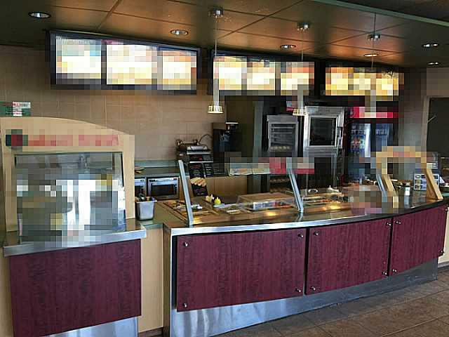 **Can CONVERT TO DIFFERENT CONCEPT** Established submarine/sandwich business in same location for over 40 years. Profitable and stable national sandwich FRANCHISE restaurant that is EASY to learn and manage. Option 1: Continue as franchise, Option 2: Convert to any other concept franchise or non-franchise(no Chinese or pizza). LOW rent and op cost. All equipment in great condition. Excellent LOCATION with exposure to 17 ave SE and lots of parking in front. Please don?t disturb staff, tours by appointment only.