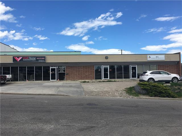 Fantastic industrial bay for lease. 3180 sq,ft offers upgrade front office, conference room, kitchenette and a washroom. Drive-in loading with high ceilings at the rear of this very clean warehouse area. Net rent is $9.50 per/sf, op cost is $4.00 per/sf. Excellent access to Edmonton Tr, Center St and Deer foot Tr....Immediate occupancy available.