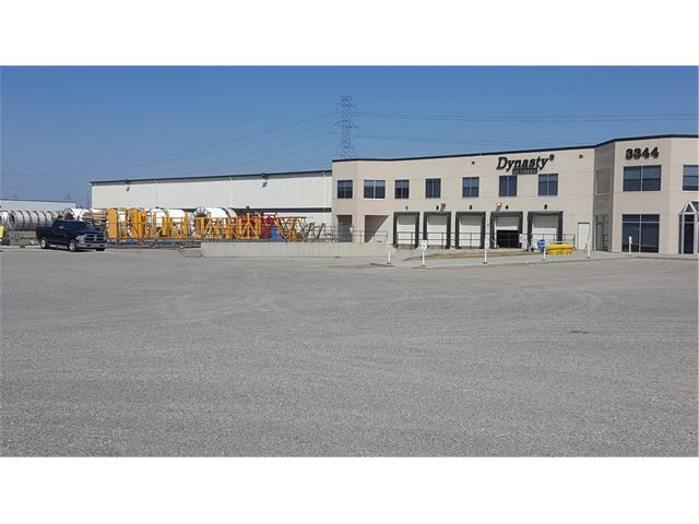 Terrific 41,103 sf warehouse space located in the Foothills district area.   Easy access to Deerfoot, Stoney and Barlow Tr SE.  Plenty of parking available.