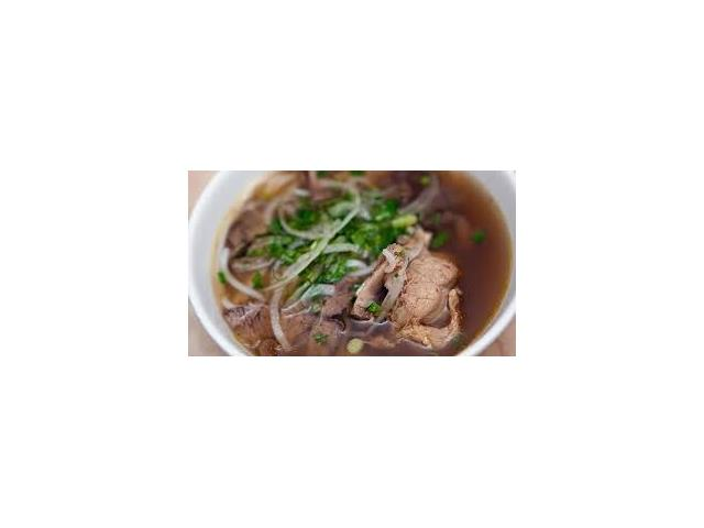 Well established Vietnamese Cuisine Restaurant at this prime location. Close to several well Established Residential Neighborhood. 3400 sf, 130 seats fully licensed dining room. Full Commercial Kitchen. Nice decoration, plenty of parking available for customers All viewing by appointment Please do not approach the staff. Thank You