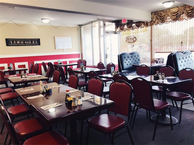 Great location, excellent opportunity to own this well-established dine-in and take out Chinese restaurant in Claresholm, 1.5 hour from Calgary. Full commercial kitchen with liquor licence. 2,400sf with 45 seats and a party room, monthly rent only $3,400, which includes operating cost and 4 bedrooms upstair. 3.5 years lease remaining plus a 5 years option to renew. Can be converted into other type of restaurant. Excellent investment as a family operated business. *****All viewings by appointment. Please do not approach the staff without the appointment. Thank you.