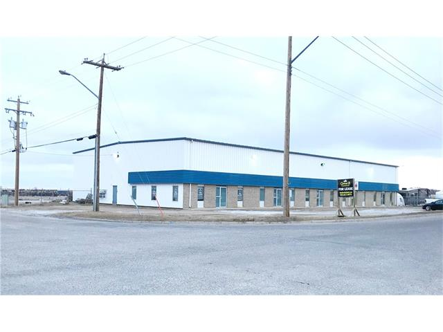 2400 sq ft x 2 bays available