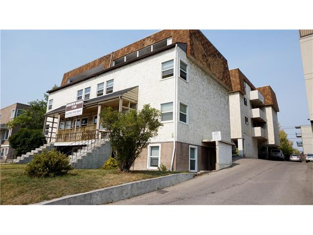 Well located 20 suiter in Bankview. Inner city and close to all amenities. Large, well laid-out units with full parking. Excellent 1st mortgage can be assumed with qualifying. Term end March 2022! Potential as future development site.