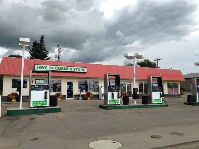 NICE GAS STATION WITH CONVENIENCE STORE AND VACANT SPACE. THERE ARE A LOT OF POTENTIAL. NEW DOUBLE WALL FIBER GLASS TANK. YOU CAN PUT ONE MORE BUSINESS IN THE VACANT SPACE, WHICH IS FORMER RESTAURANT. THERE IS STILL KITCHEN.