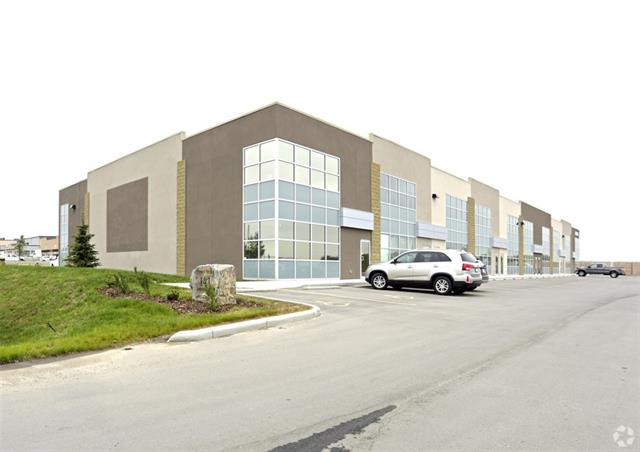 2500sf industrial bay plus 1250sf mezzanine for lease in the Springbank commercial park.  Office built out as required, beautiful mountain views, easy access to township road 245 and the Trans Canada Highway #1, ample double row parking and additional outdoor storage.  Mainfloor and mezzanine can be leased individually with separate entrances.