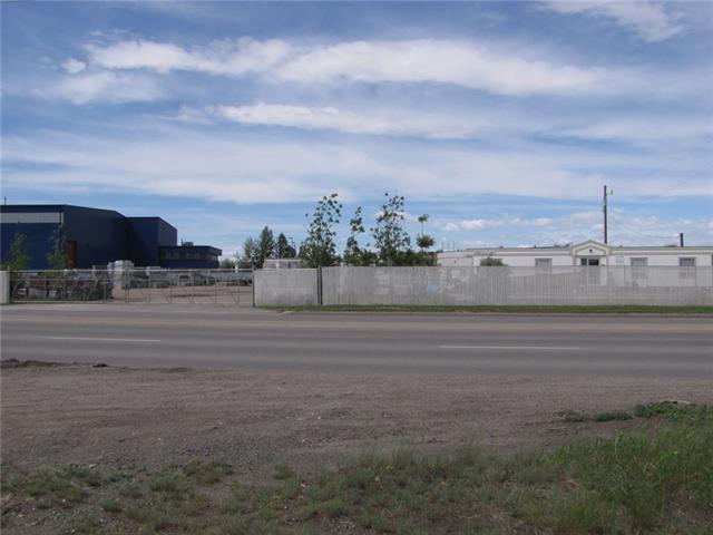 Location, Location!! FOR SALE OR FOR LEASE. Excellent Commercial/Industrial site. The land has 600ft of frontage on one of the busiest traffic corridors in the SE, 50 Ave. Excellent access to Barlow Tr, Deerfoot Tr, 36st and 52nd Streets as well as Peigan and Stoney Trails. The 3.37 acre, triangular lot is zoned I-C allowing for a huge array of possibilities. Services are available from 25th or 28th Streets. Nice property, fully fenced and landscaped!