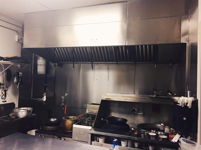 Newly renovated Chinese takeout restaurant (with full commercial kitchen) is located in the centre of the NW communities. Close to major NW Asian communities and schools. All equipment are less than 3 years old. SIZE: 1149.8SF, RENT: $3,463.13(with OP cost & Sign). Lease still has 3 years remaining and there is a 5 years option to renew. Seller provide training. Can be converted into other type of restaurant subject to Landlord's approval All tours by appointment only.