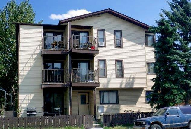 Multifamily building with 12 spacious units. 3 Bachelor units - 400-500 sf, 1 1BR 550 sf, 8 - 2BR 700- 800 sf.  Common laundry with 2 washers and dryers. Tenants pay their own electrical. Upgraded fire safety equipment.  Paved parking and lots of on street parking as well.  Tenants have easy access to 17 Ave SE services restaurants and transit.  Good access to the downtown core