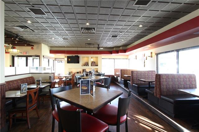 Very good potential to built up sales for this Well eatablished  76 seat Franchise Family Specialized in Popular Seafood Menu  for Lunch & Dinner menu . Excellent location in one of the busiest shopping centre SW Calgary  serving the communities , Killarney, Glengarry  Westgate & Signal Hill   Current owner has been in this high traffic mall for over six years now and ready to retire  now. And there is a good four  lease in place and five year  renewal option  thru  the  Franchise.  Full  commercial kitchen and nice décor in the dining room. All viewing by appointment only. Please do not approach the staff Thank You