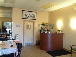 GREAT LOCATION FOR THIS CHINESE FOOD TAKE OUT, located in a BUSY PLAZA with many other stores Clinic ,Dentist ,pharmacy, spa, convenience store and many more. Ensuring STEADY FOOT TRAFFIC with regulars and many new customers. Commercial kitchen with walk in cooler are at the premises  for your convenience. Change of menu is possible with landlord approval. Good chance  to be your own boss today, this location serves many neighbouring communities PINERIDGE ,TEMPLE, WHITEHORN, MONTERAY PARK are just a few to name .For all showing call  Lister or your realtor , do not approach staff directly . thanks