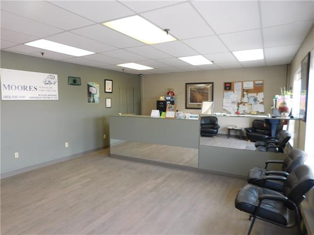 Here is a solid business, after 20 years the owner is retiring , it a windshield business , very busy , the bay is 3,300 sq ft,  10.00 Per.Sg.FT.  Op. Cost  $4.50 per Sq.Ft.  it offers front reception area, great exposure. please call for all the information.