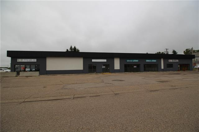 Looking for a great place to run your business.  This building is located in the growing community of Crossfield and is in a high-traffic area. It is close to the community center, arena and schools. There are two bays available.  One is 1,000 sq ft and the other is 2,400 sq ft.  Both can be combined for a bigger space or made smaller to meet your needs.  Call us today with your ideas.  Owner is willing to negotiate lease rate for the right business.