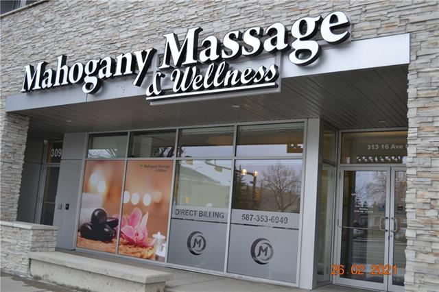 New renovation massage business locate on a busy 16 Ave, good explored to public, total three good size massage rooms and reception area, staff room and laundry room with washer and dryer, washroom with shower. reasonable rent rate, easy to operate and good business opportunity.