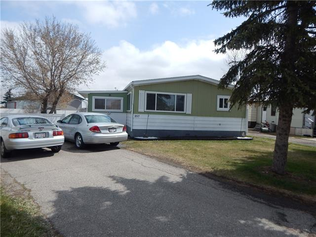 DOUBLE WIDE MOBILE HOMES IN A QUITE COMMUNITY WITH BIG LOT FENCED WITH SPACE FOR KIDS TO PLAY. IT COMES WITH THREE BEDROOMS , TWO BATHROOM,FORMAL DINING ROOM WITH WET BAR, GOOD SIZE LIVING ROOM, CENTRAL AIR CONDITIONING, TWO PARKING STALL, TOOL YARDS, CLOSED TO SHOPPING CENTRE,COSTCO, STONEY TRAIL, GLOBAL FEST FIREWORKS AND MORE.  THE PAD RENTAL  FEE OF $1074.00 INCLUDES PICK UP GARBAGE,SEWER,WATER,CABLE AND INTERNET.