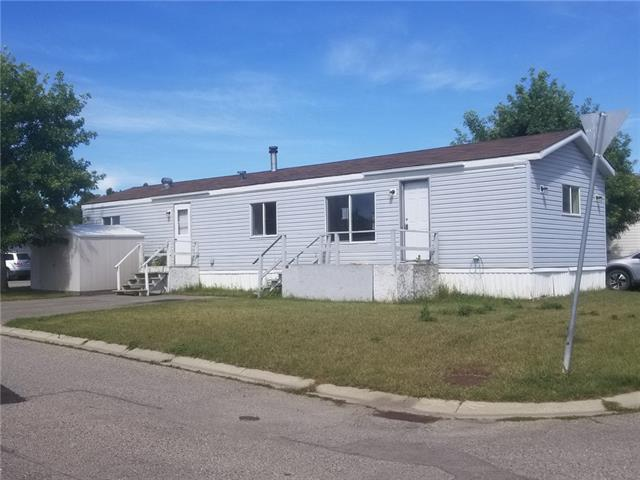 Great opportunity to own! With a little love, you could make this mobile home a cozy home. This property offers 3 bedrooms, 4 piece bath, large kitchen, and spacious living room. Ideally located minutes from major roadways, schools, shopping, and all other amenities. Don't miss this affordable opportunity to own in Okotoks! Book your private showing today!