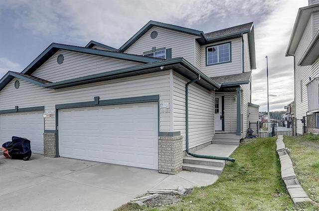 Cradled in the heart of Cochrane is where you will find this amazing fully developed family home, welcome to Bow Ridge! When you walk in you will notice the new flooring through the entire home, along with a kitchen that any family would love to spend time in, with amazing south facing backyard flooded with natural light, with tons of room to play with the kids and dogs. Moving upstairs is where you will find 3 bedrooms with the master having a walk-in closet along with large master en-suite. Downstairs is where you will find a fully developed basement with another bedroom and bathroom, all this and close proximity to shopping, entertainment, pathways, parks, recreation and the mountains! THIS IS NOT A CONDO!