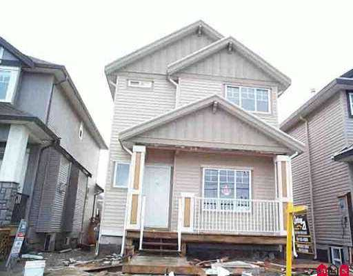House in very good neighbourhood, close to park, school. 5 bedroom, 4 bathrooms, covered deck, 2 beautiful fireplaces finished with maple wood, maple wood kitch en cabinets and lots of moulding. Very private backyard, near to shopping center