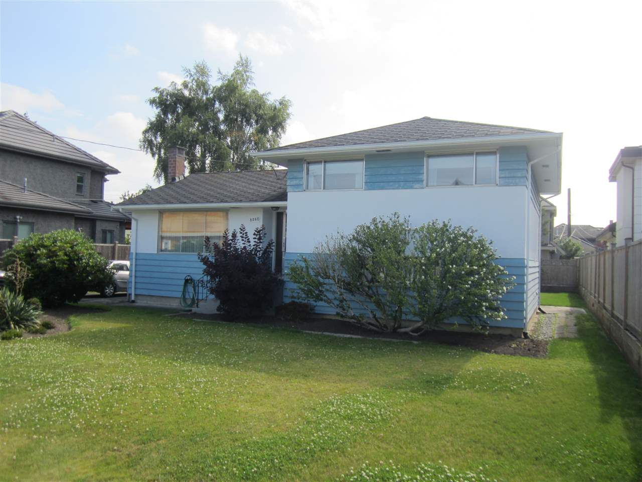 "Solid and clean 3 bedroom Split level home on rectangular 66 x 106.5' lot on nice street in Popular Seafair Area! Well  kept by long time owner, features newer Furnace and hot water tank. Just steps down the street from Famous Gilmore French  Immersion School, very close to Dyke Trails and Seafair Shopping Centre! Very Nice ""Clean"" lot - no trees, no easements.  Lots of new Homes on the street. This area of West Richmond is one of the quietest and nicest places to live in the whole City  with easy access to Terra Nova and Steveston Village. Seller requires a short term rent back. Thanks"