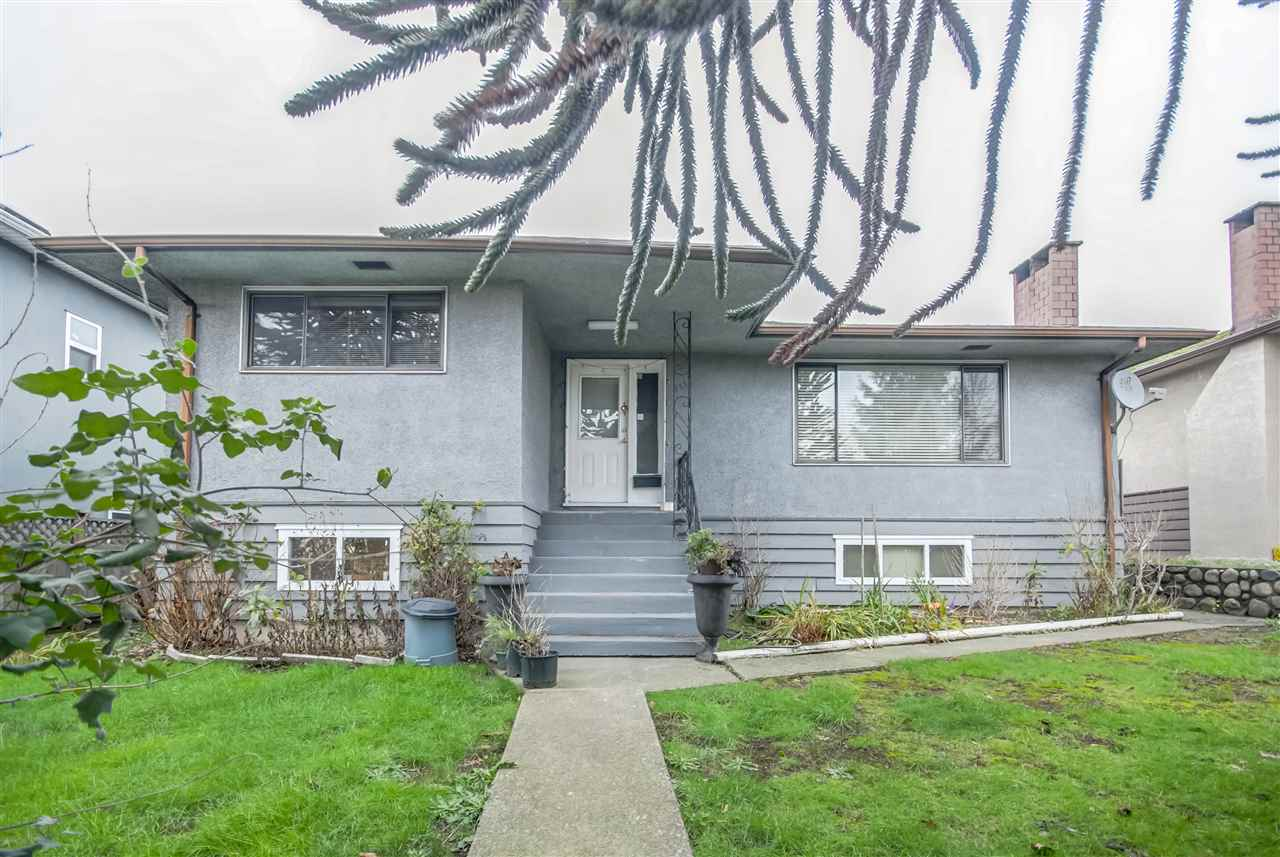 Lot size 51.9x107.76'. Solid 3 bdrm hse w/2 bdrmbsmt ste. New lino, crpts & pain t inside. Nice bath & kit. All dble wndws on main. Close to school & superst ore. Extra prkg at rear.
